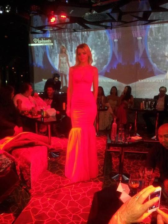 Models Love Fashion Café